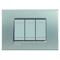 Placca Living Light tech LNA4803TE Bticino Quadra